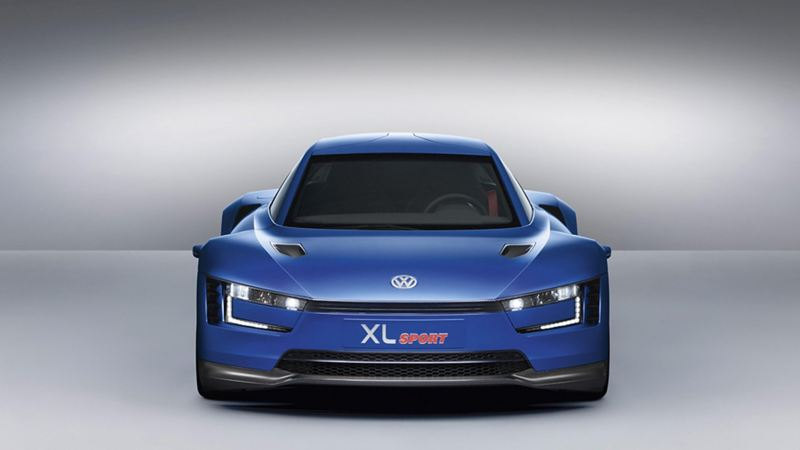 The front view of Volkswagens concept hybrid XL1 Sport