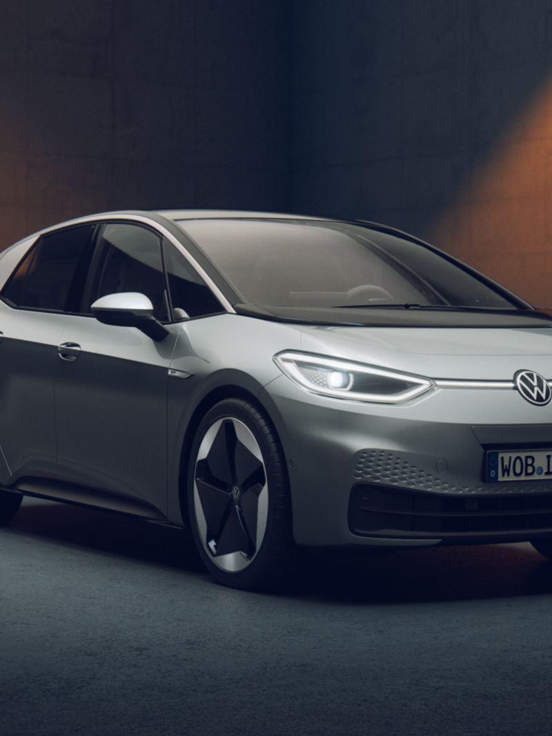 La VW ID.3 1ST de 3-4 face en gris