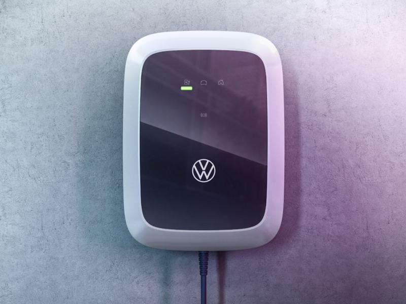 Dettaglio di ID. Charger, la Wallbox di Volkswagen per ricaricare ID. Buzz e e-Crafter.