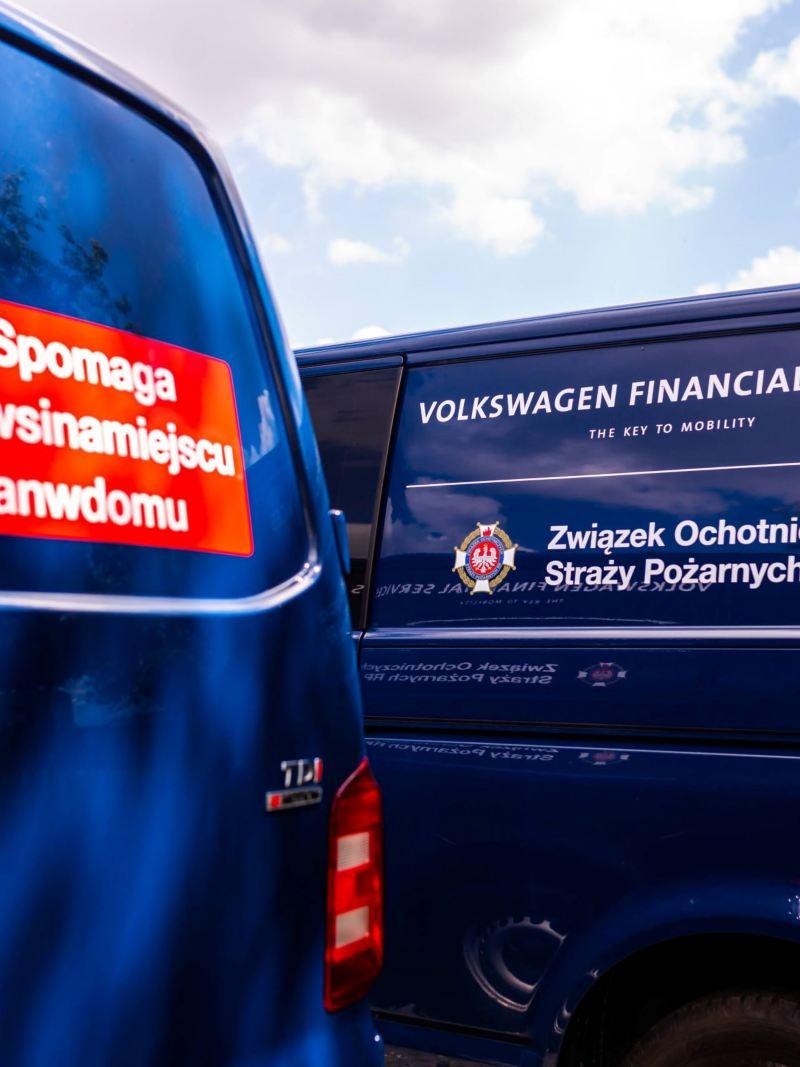 Zbliżenie Volkswagena Transporter T6 dla Ochotniczych Straży Pożarnych
