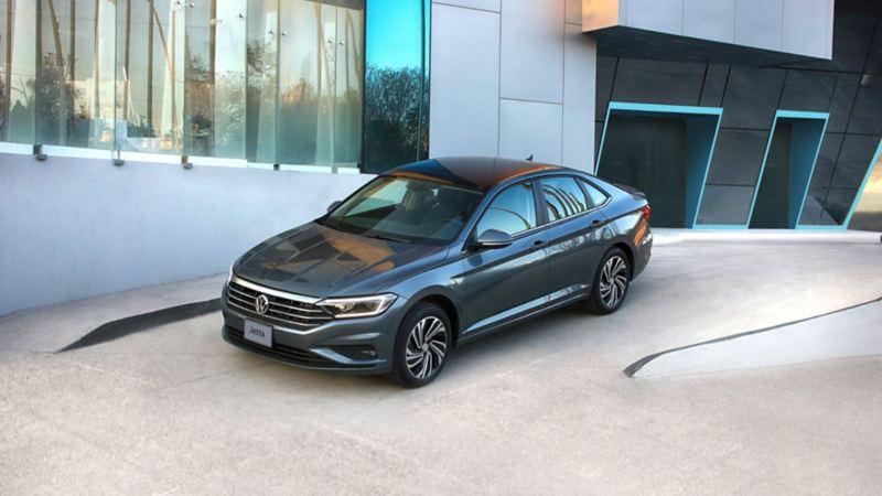 Jetta 2020 - Auto sedán seguro con excelente rendimiento de combustible hecho en México por Volkswagen