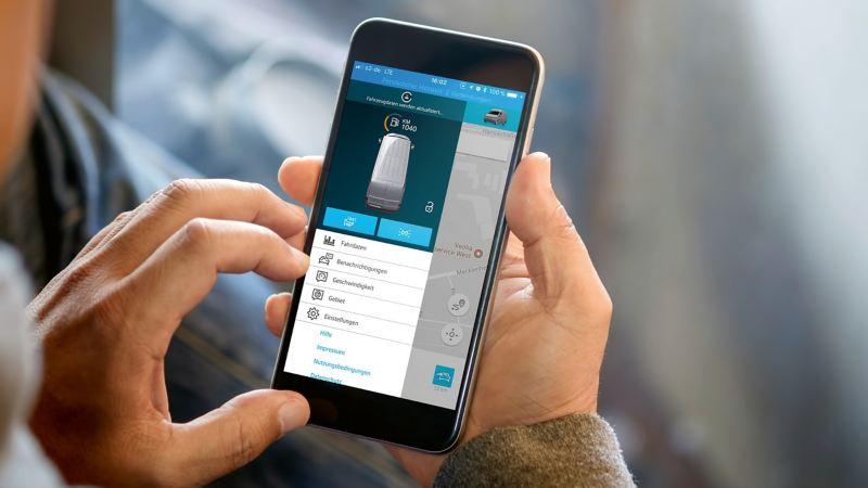 Un homme a lancé l'application We Connect pour le service «Klaxon et clignotants».