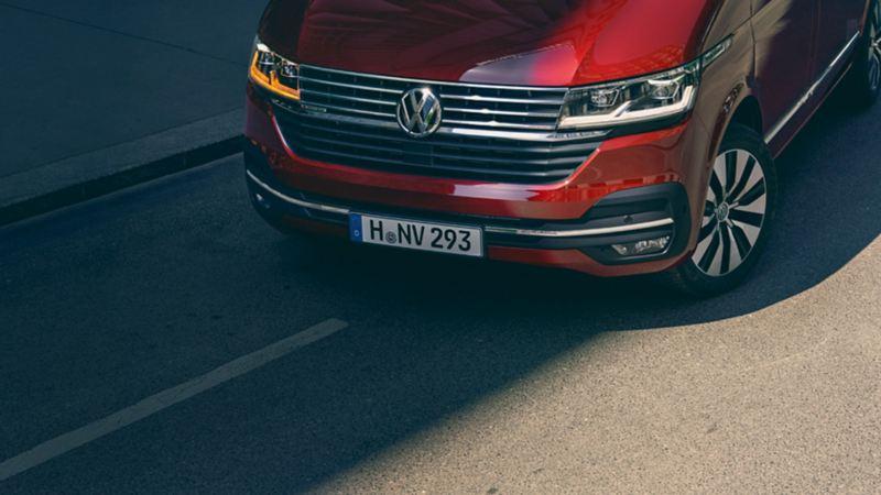 solutions pneumatiques utilitaires avant Multivan rouge