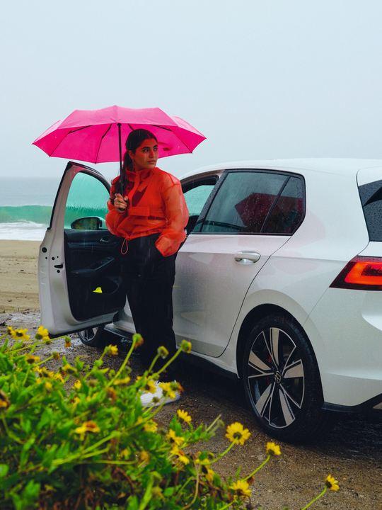 Golf GTE parked on a beach