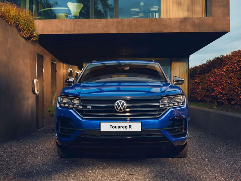A front view of a blue Touareg R