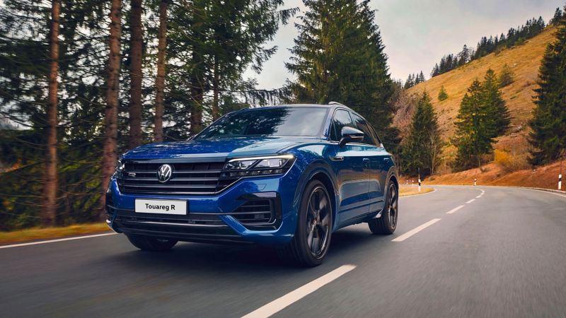A sporty blue VW Touareg R