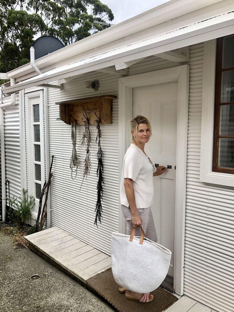 woman-entering-accommodation