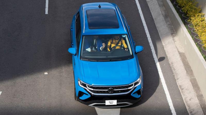 Nuevo Taos, SUV de Volkswagen con diseño moderno y motor turbo.