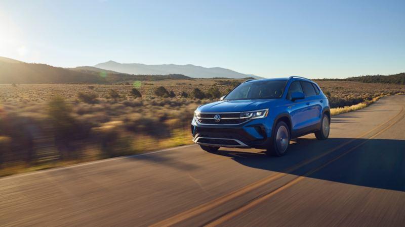 Nuevo Taos VW - SUV con Wireless App Connect disponible para inicio de compra en línea