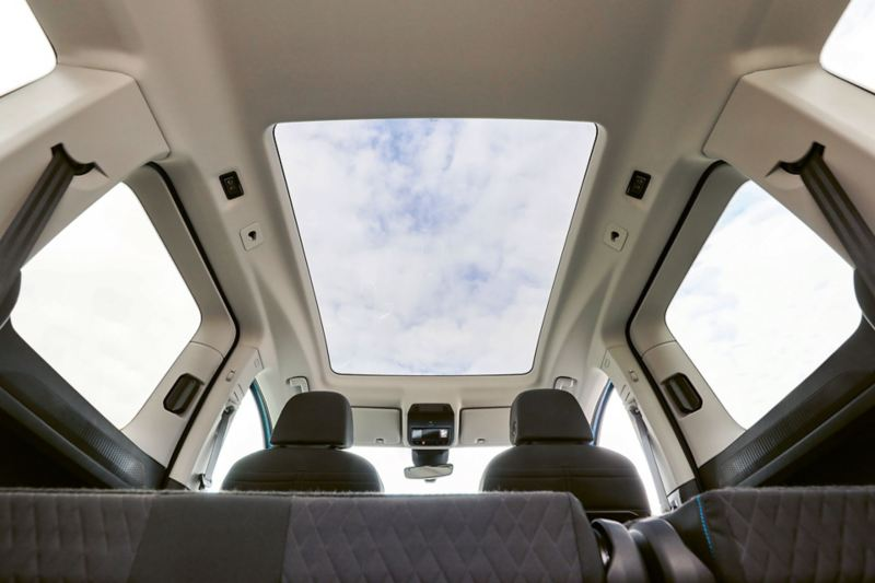 Nya Caddy Cargo har största panoramataket i klassen