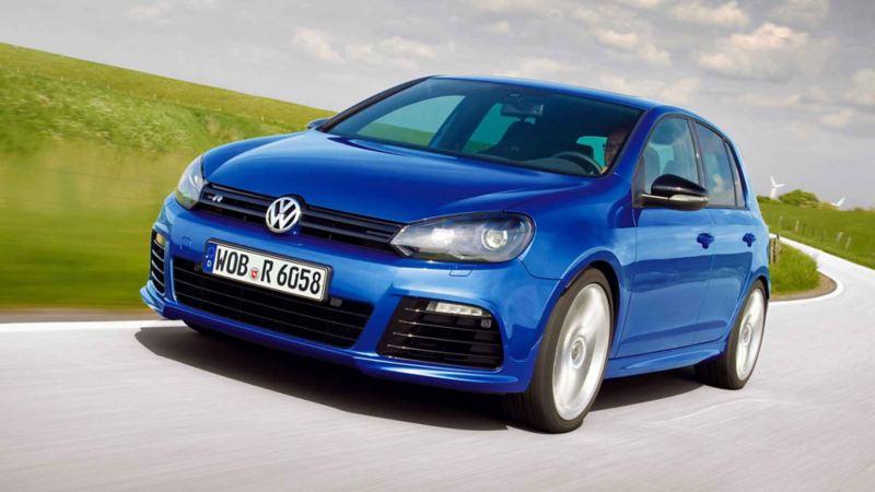 Frontale Volkswagen Golf 6 GTI blu