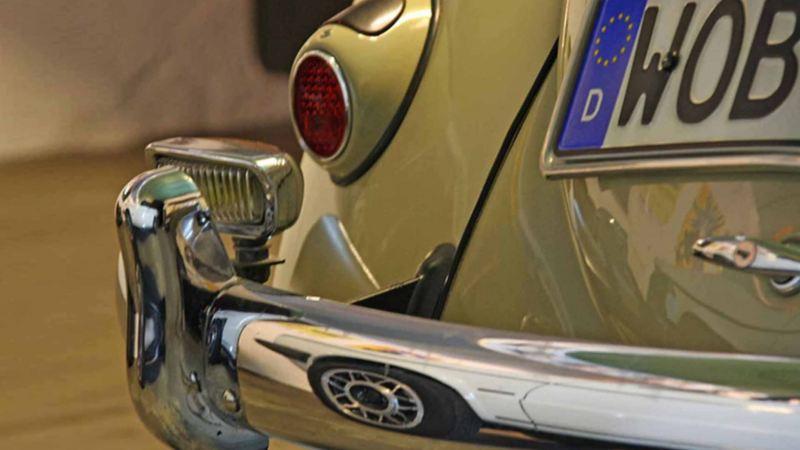 Dettaglio di una Volkswagen vecchio modello con ricambi Original Classic Parts.