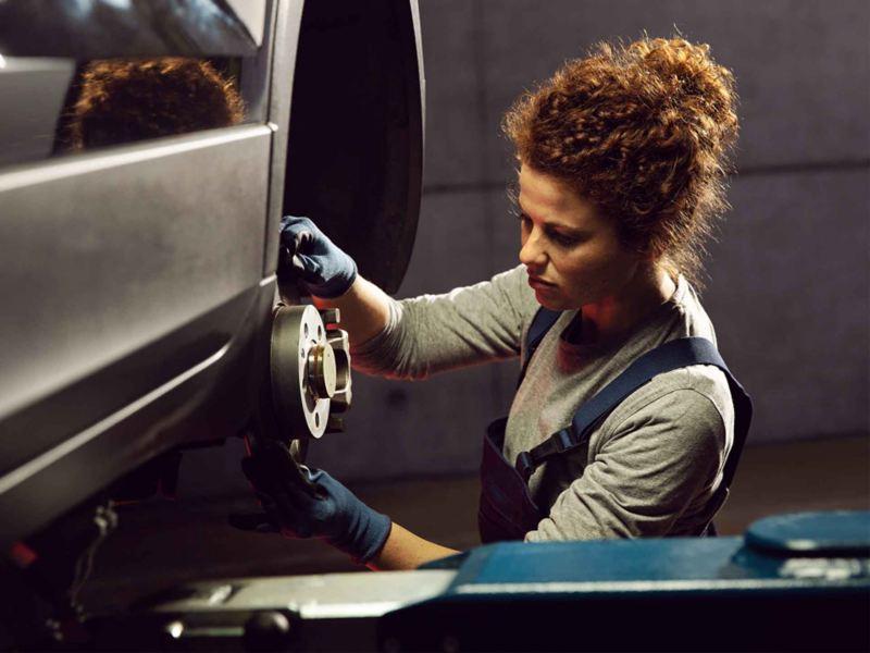 Sostituzione freno posteriore Volkswagen