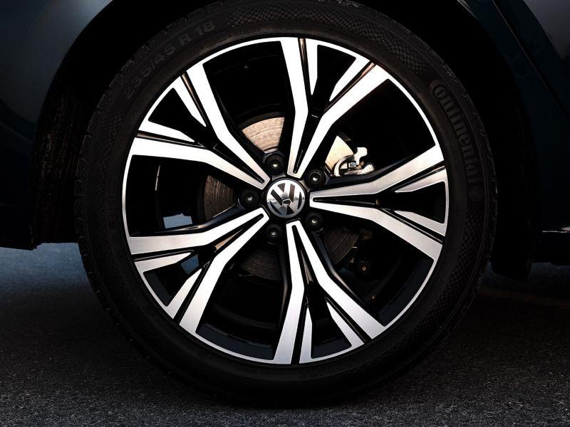 The Highline wheels on the 2020 Volkswagen Passat