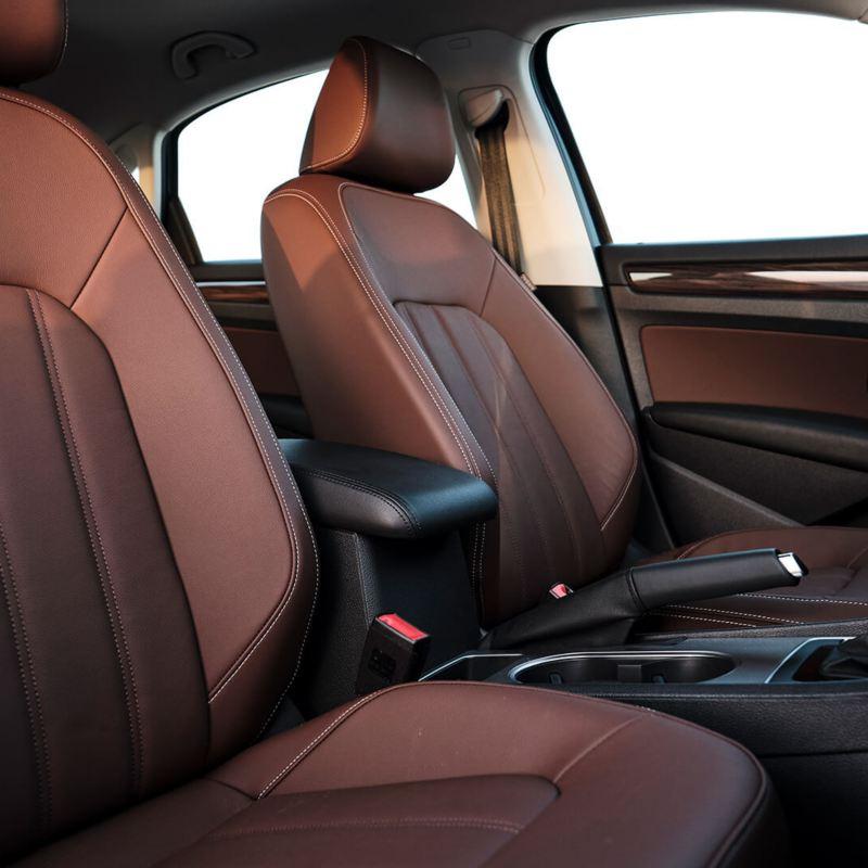 Volkswagen Passat 2020 interior with brown leather seats