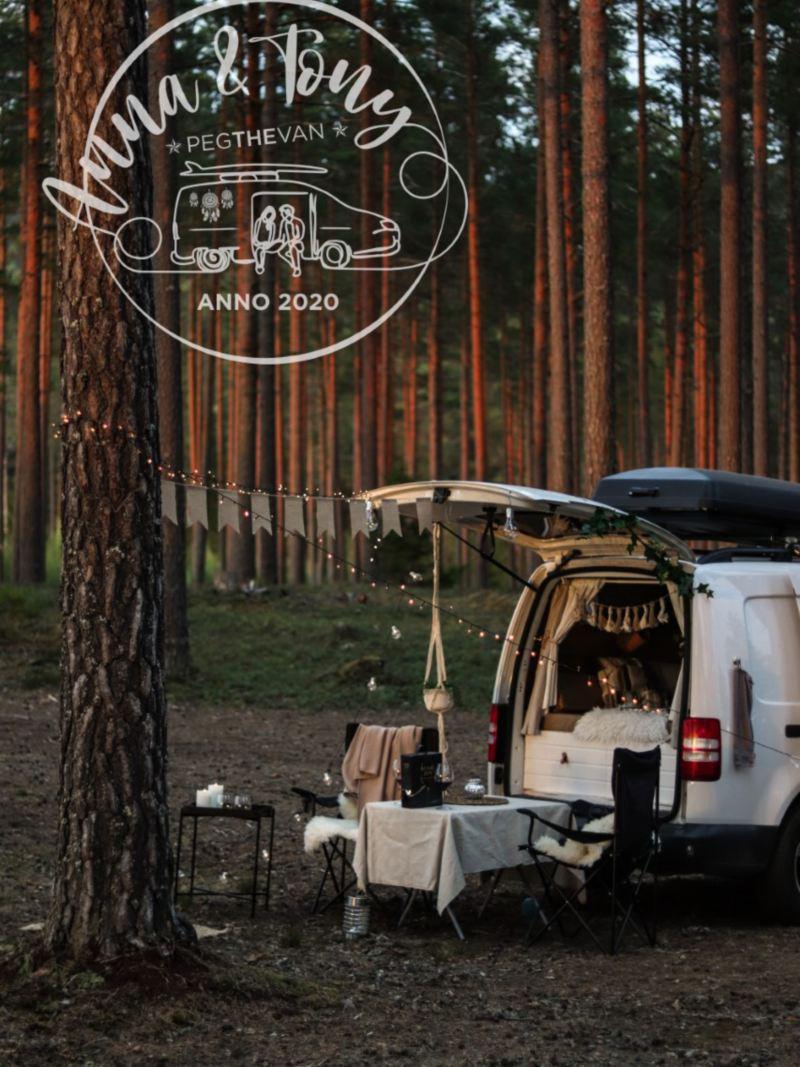 @pegthevan VW Caddy Maxi plåtis i skogen