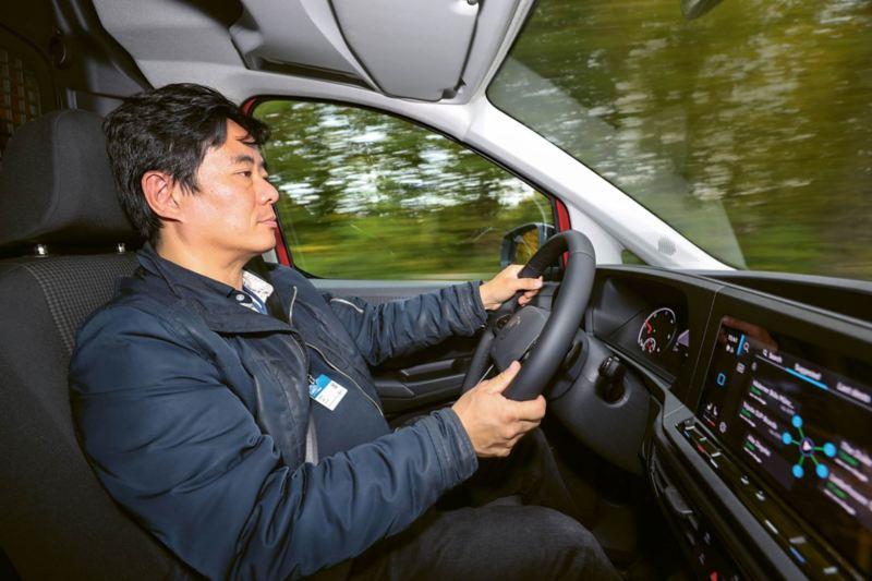 Beröringskänslig ratt i nya VW Caddy Cargo