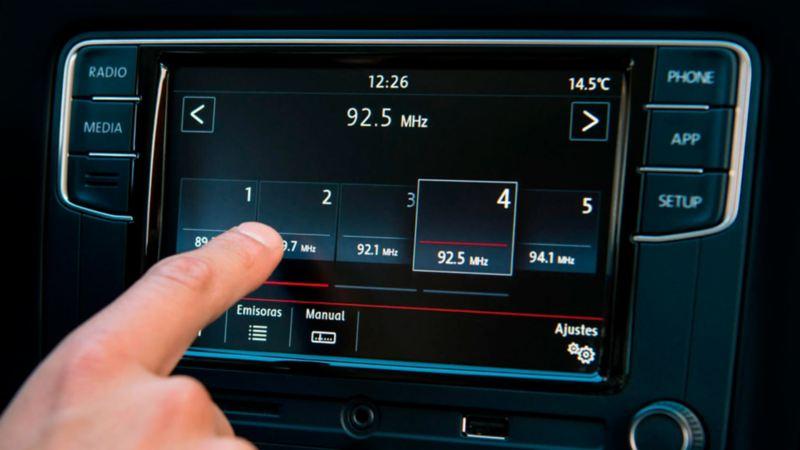 Radio de Volkswagen Polo con pantalla táctil