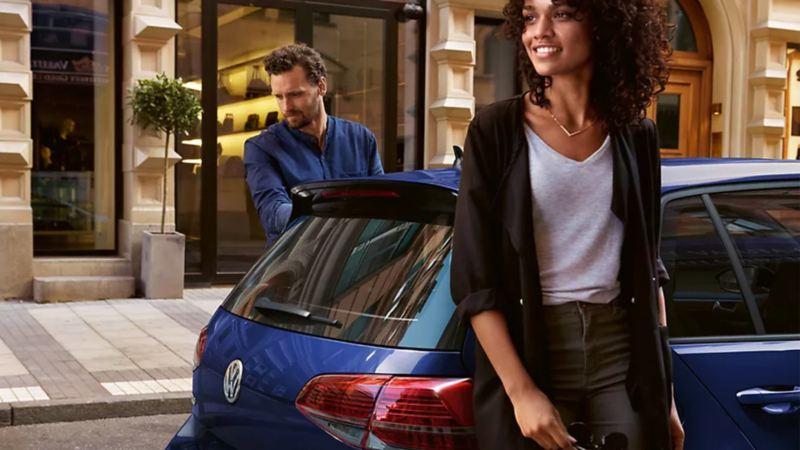 Auto compacto con mantenimiento de anticongelante con servicios adicionales de Volkswagen