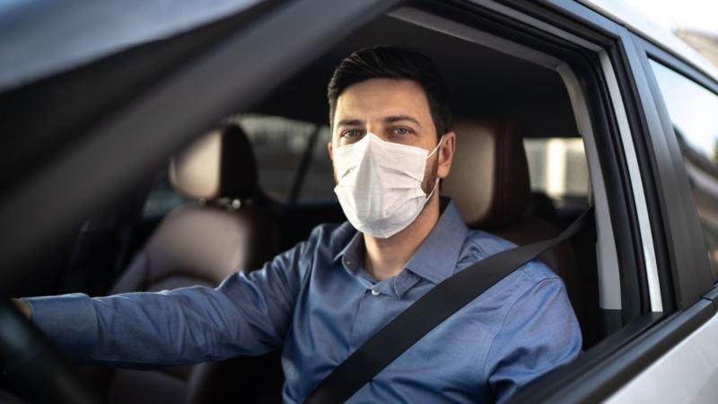 Limpieza de autos en Consecionarias VW para evitar contagios de COVID-19
