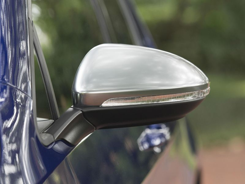 Side mirror, link out to vwpartsandservice.ca