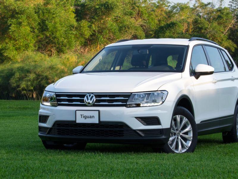 Promociones en carros y camionetas Volkswagen durante Octubre. Conoce los precios de nuestros autos en venta.