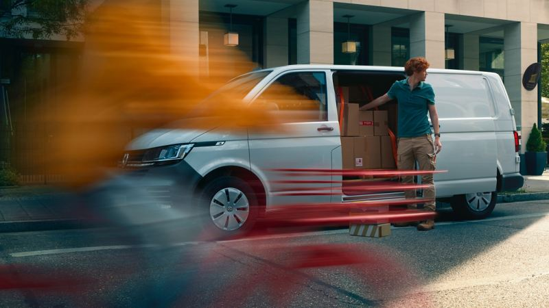 vw Volkswagen nye Transporter 6.1 varebil førerhus digital cockpit kassebil firmabil budsjåfør budbil varelevering