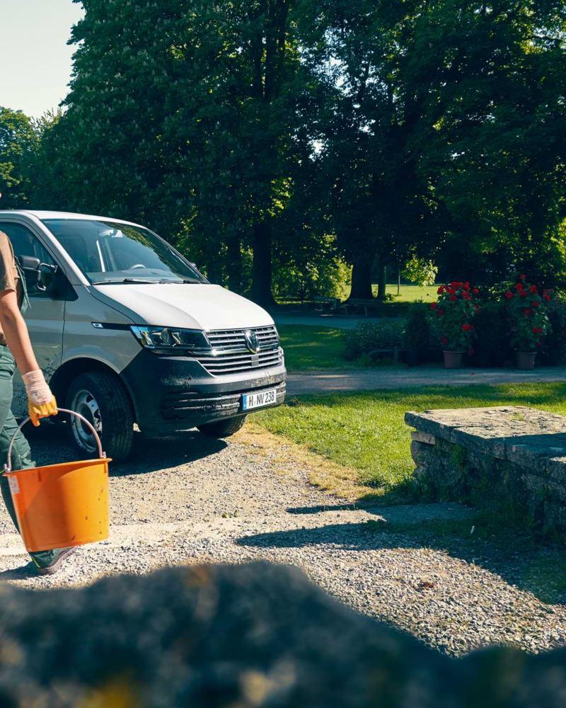 Garten- und Landschaftsbau mit Volkswagen Nutzfahrzeuge.