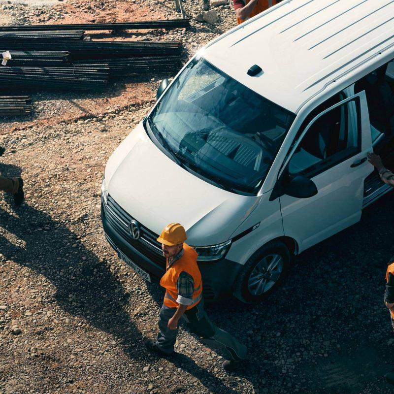Volkswagen Transporter 6.1 Pasajeros en constructora