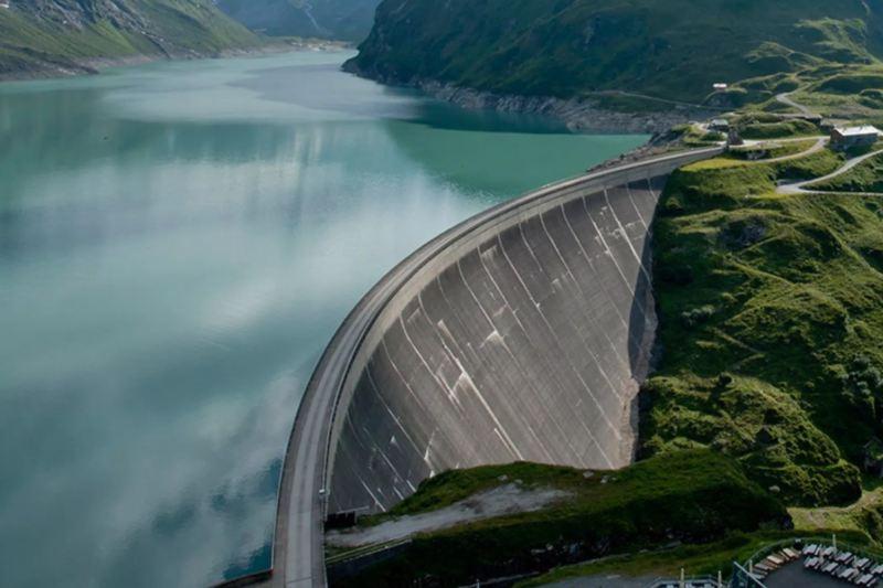 Elli Naturstrom con energía hidroeléctrica