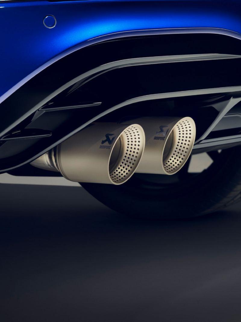 Detalle de los tubos de escape del Volkswagen Tiguan R