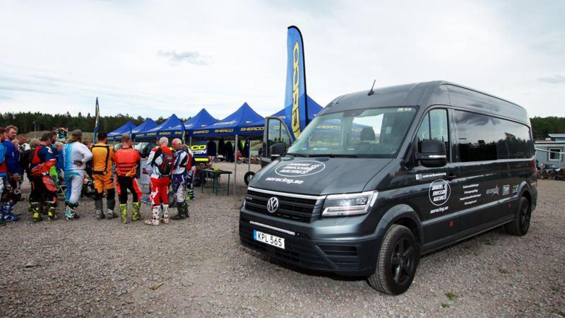 Anders Eriksson racing använder en ombyggd Volkswagen Crafter som kombinerad verkstad och familjebil