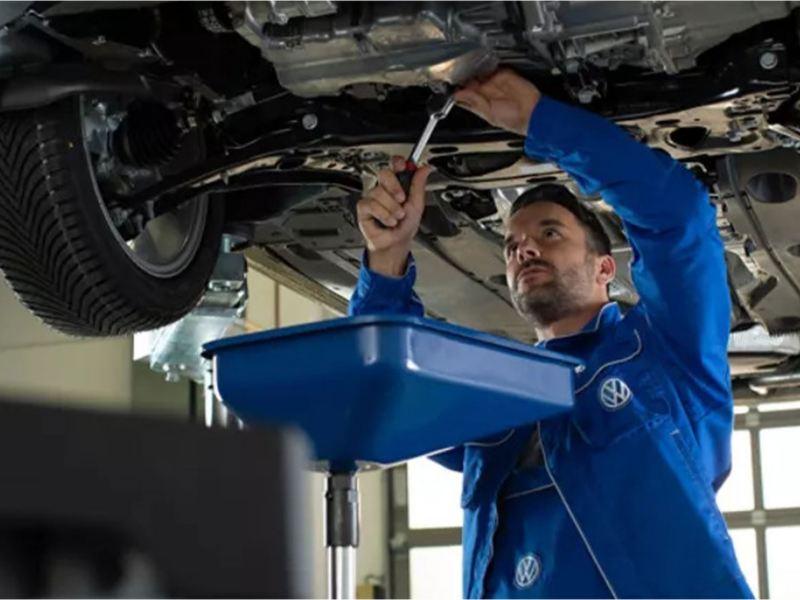 Volkswagen service workshop engineering