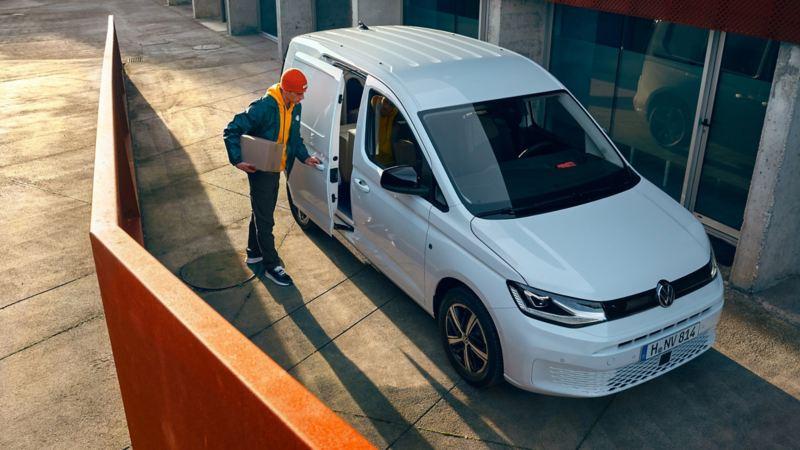 Den Nye Caddy 5 liten varebil budbil stort lasterom 2-seter digital cockpit infotainment artikler anmeldelser