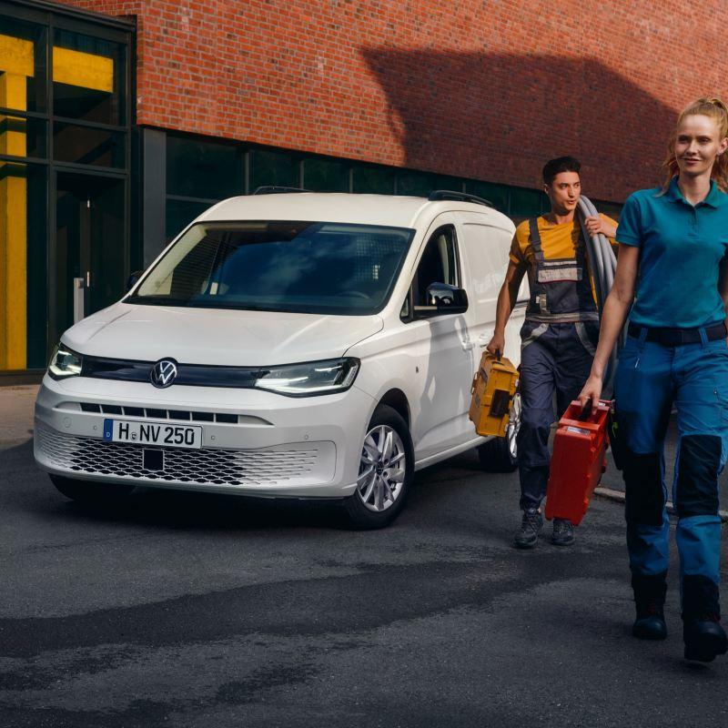 nouveau Caddy Cargo Volkswagen Utilitaires en action.
