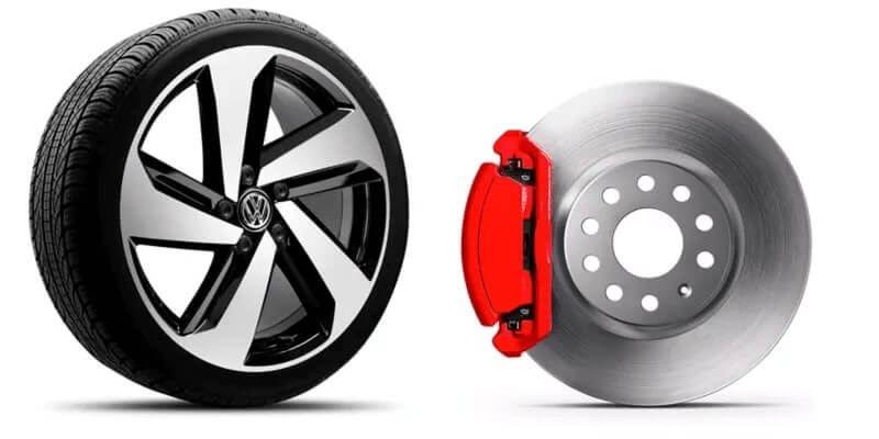 VW Golf - Auto Deportivo equipado con aros de aluminio