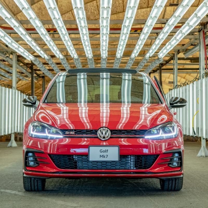Volkswagen Golf Mk7 se despide de la producción en Puebla