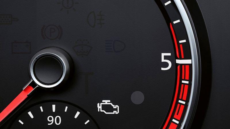 Tablero de auto Volkswagen con indicadores