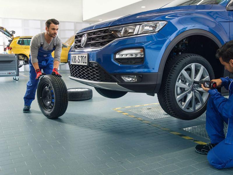 VW - Experiencia en Servicio de Posventa de vehiculos