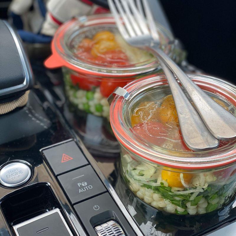 Salladsbowl i VW bilen